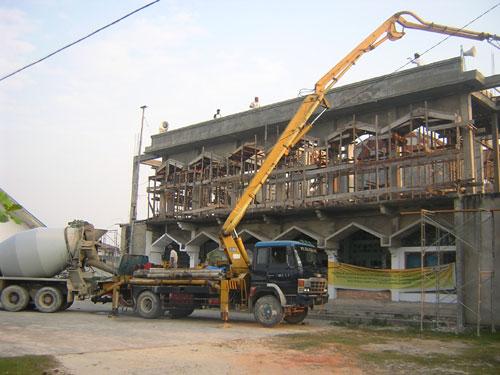 harga-sewa-pompa-beton