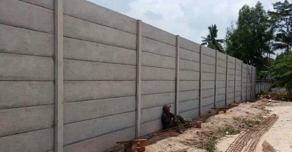Harga Upah Pasang Pagar Panel Beton Area Sedari Karawang