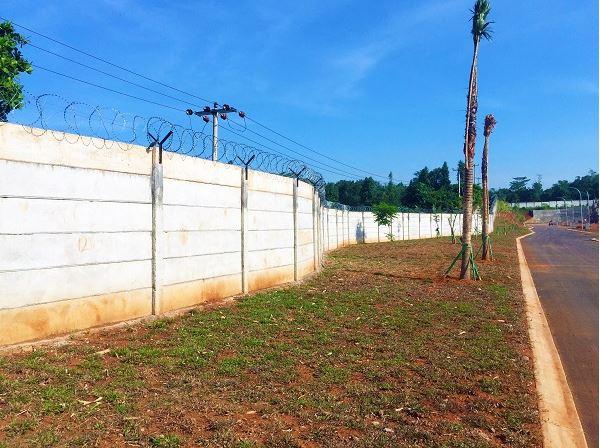 Pagar Panel Beton di Curug Bogor
