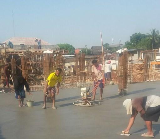 Jasa Trowel Lantai Beton Floor Hardener di Cihoe Bogor